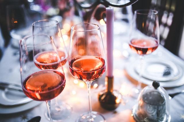 Розето – елегантна напитка, подходяща за топлите дни на есента