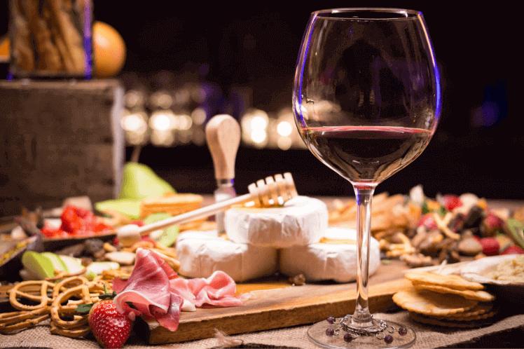Как да комбинираме правилно вино и храна?