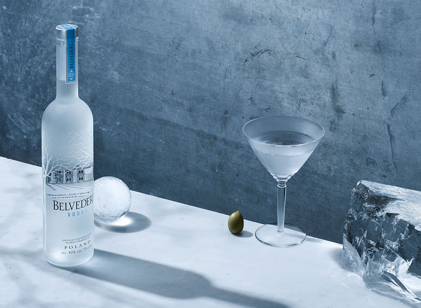 "Неподправено перфектна, ""красивата за гледане"" водка Belvedere."